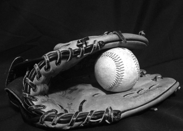 Source: http://www.freeimages.com/photo/baseball-and-glove-1498516